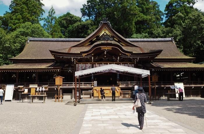 大神神社3 (700x462).jpg