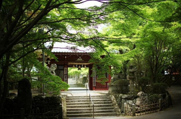 神峯山寺1 (700x463).jpg